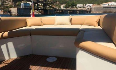 Charter 26' Wellcraft 8 Cuddy Cabin in Ibiza, Spain