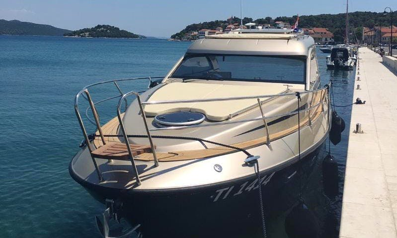 Charter 33' Mirakul 30 HT Motor Yacht in Kožino, Croatia