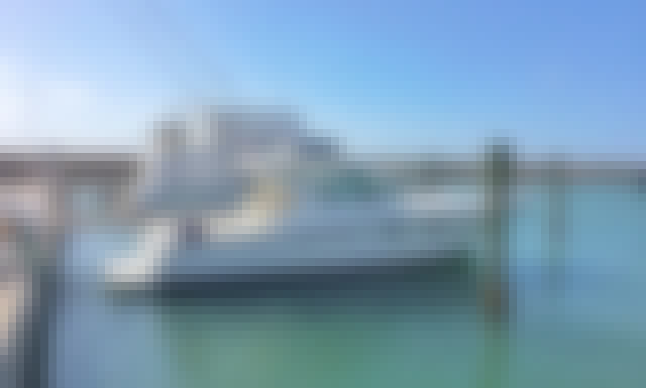 Charter a 40' Tiara Motor Yacht in La Romana