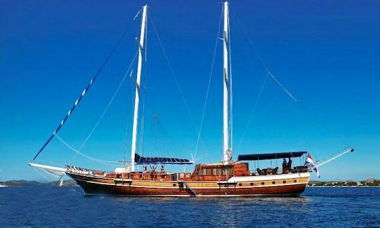 Enjoy A Relaxing Sailing Yacht Charter On A Gulet In Šibenik, Croatia