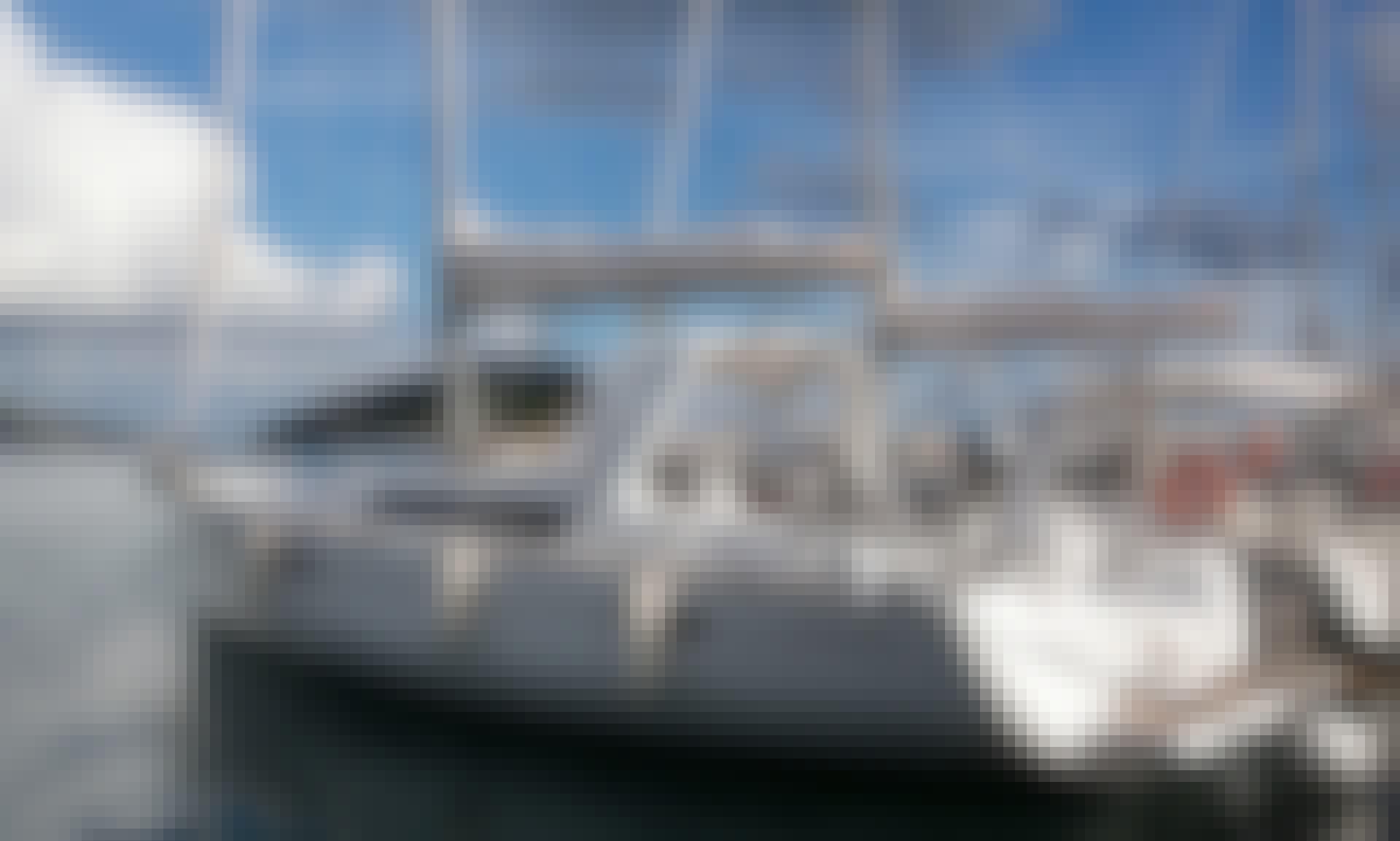 Charter 45' Beneteau Oceanis - Twist Cruising Monohull in Muo, Montenegro