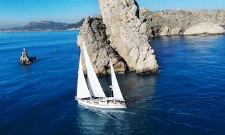 Restless Spirit, all-inclusive sailing trips - Costa Brava (Spain)