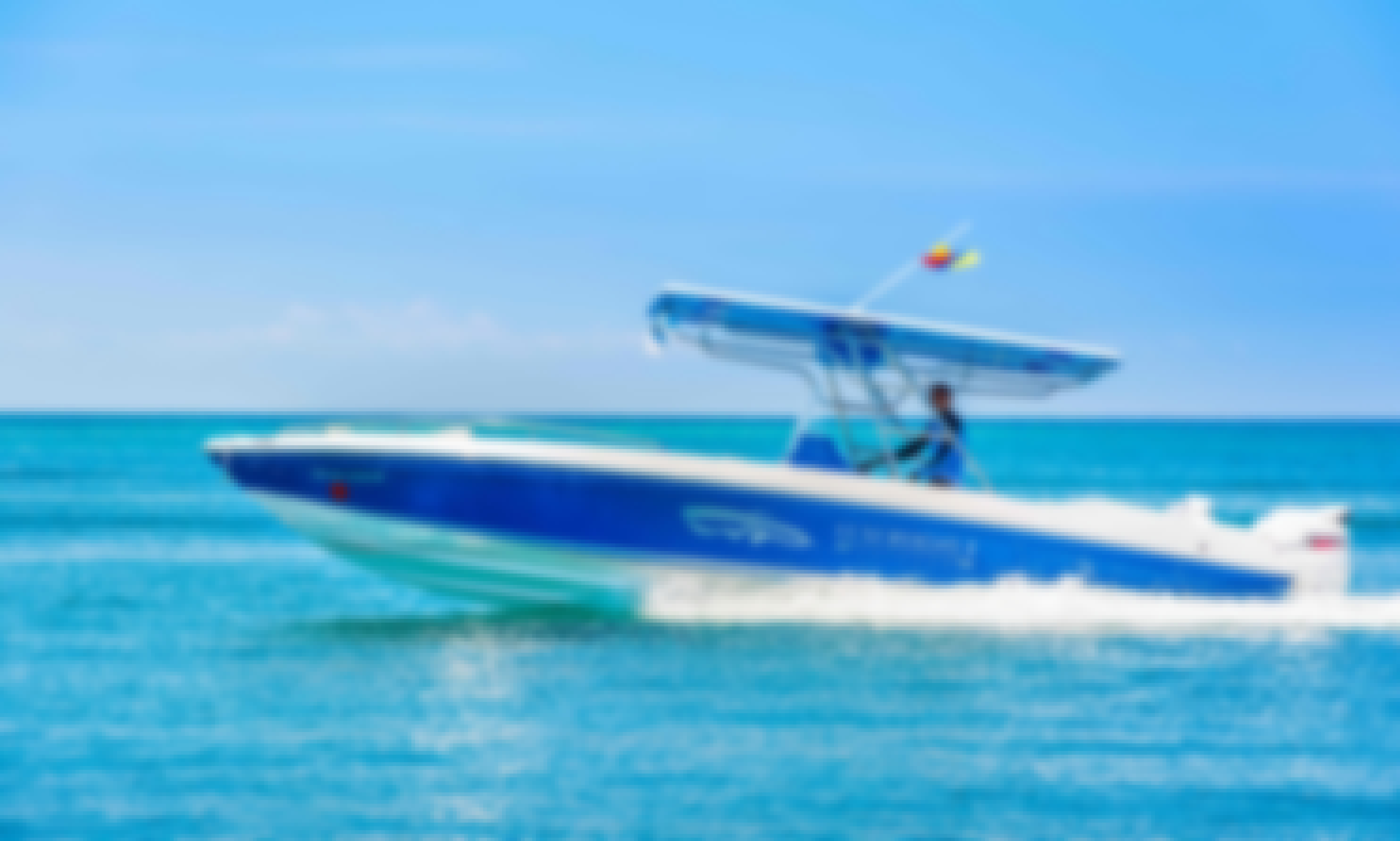 28 ft Center Console Rental for Up to 10 People in Cartegena, Colombia