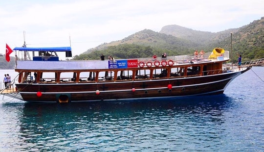 Take A Lot Of Selfie Aboard This Wooden Boat!