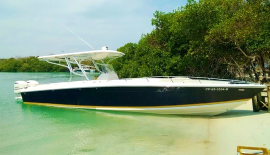 Speed Boat 38' Center Console In Cartagena, Colombia