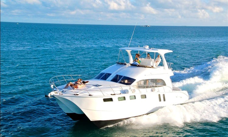 56ft Catamaran Motor Yacht for Private Island Tours