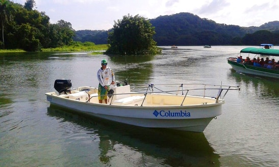 Enjoy Fishing In Gamboa, Panamá  Eduardoño Center Console