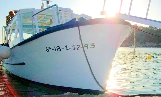 'maru' Boat Sunset Cruise In Sant Antoni De Portmany