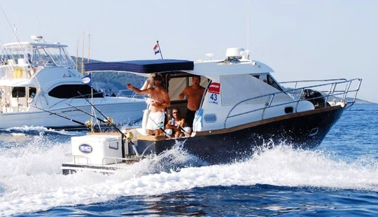Enjoy Fishing On Cuddy Cabin In Zadar, Croatia