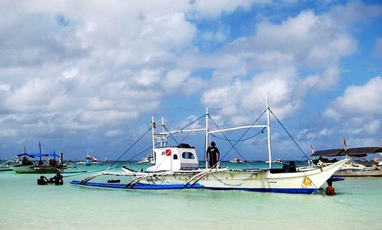 Discover Underwater Scenery Of Western Visayas, Philippines