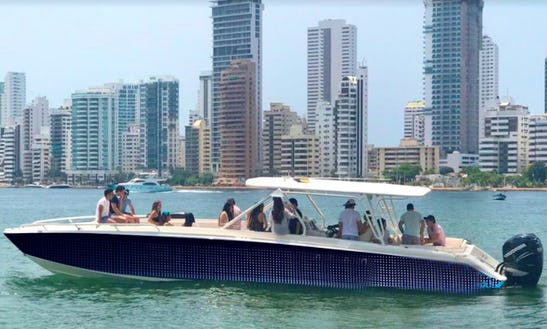 Charter 44' Center Console In Cartagena, Colombia