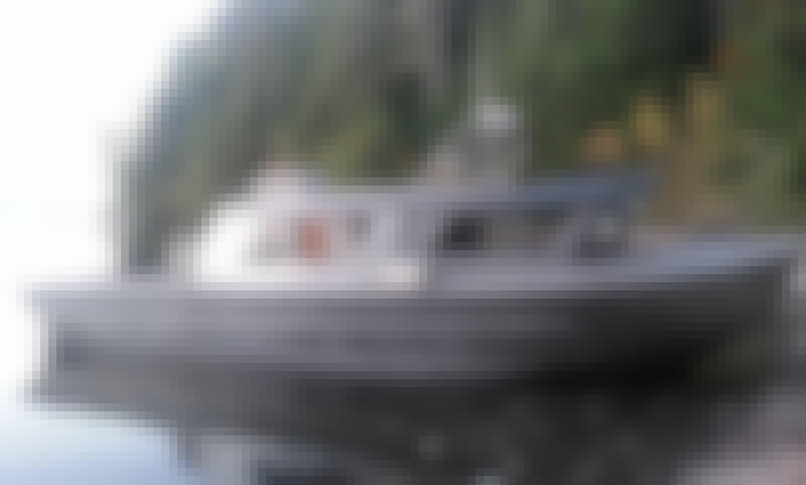 Fishing / Crabbing Boat Rental in Hood Canal