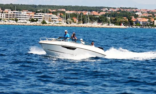 Rent 21' Flipper 640 Dc Bowrider In České Budějovice, Czechia