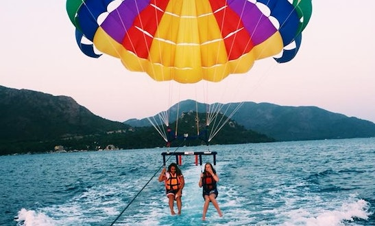 Enjoy Parasailing In Muğla, Turkey