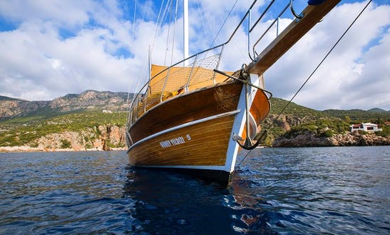 Explore Antalya, Turkey On A Gulet Charter For An Unforgettable Experience