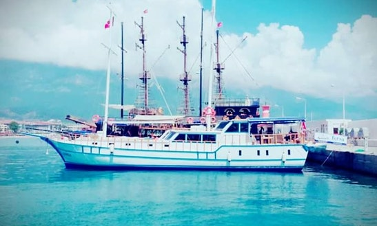 Cruise In Style On A Gulet Charter In Antalya, Turkey