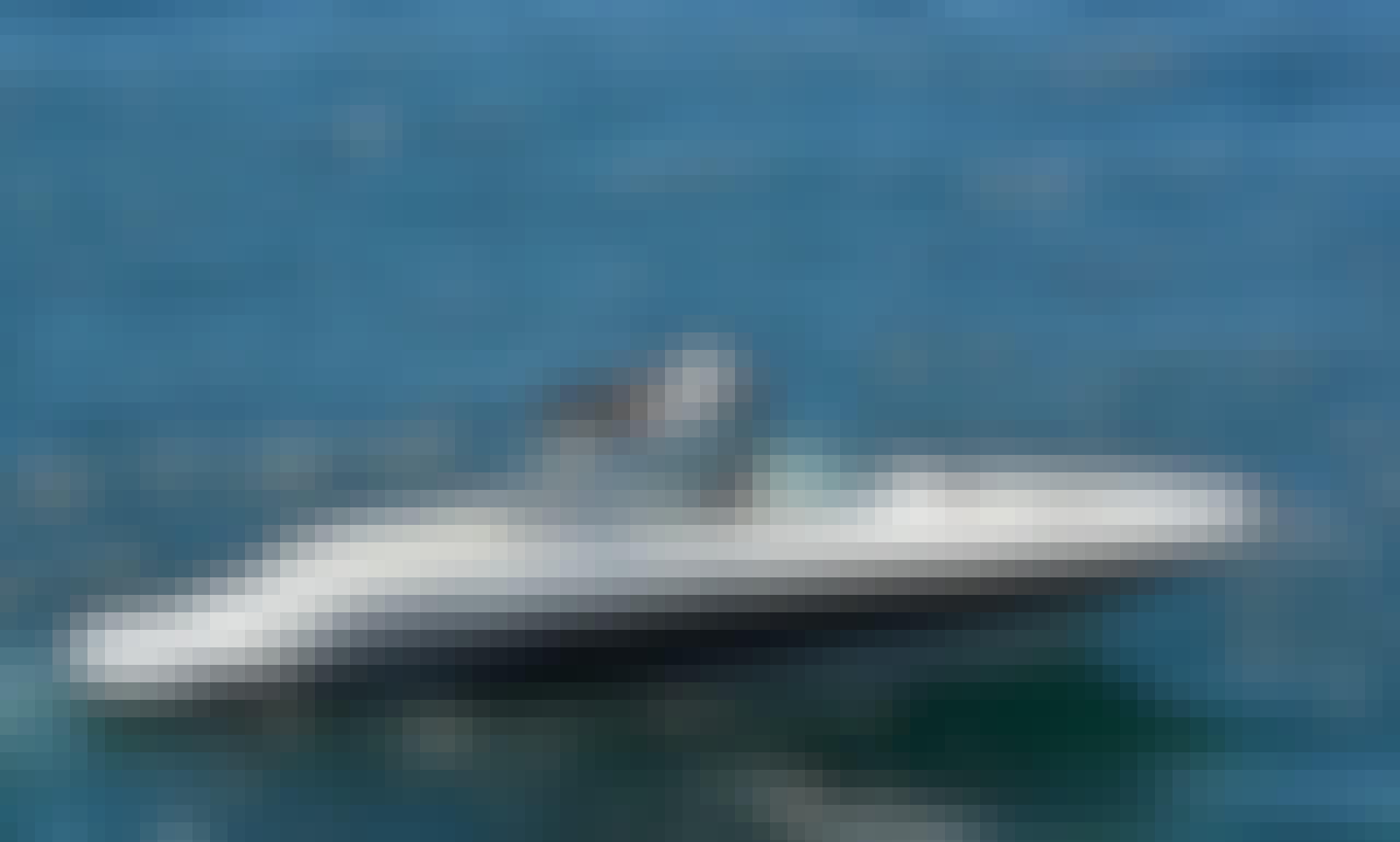 Charter 32' Sea Ray 300 SLX Bowrider In Santa Eulària des Riu, Spain