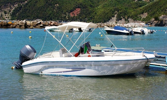 Marvel Boat Hire In Deiva Marina