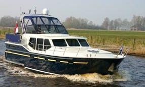 Motoryacht Vacance 1200 Helios rental in Drachten, Holland