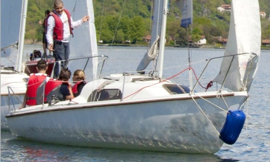 Rent 20' Meteor Sail Boat In Dongo