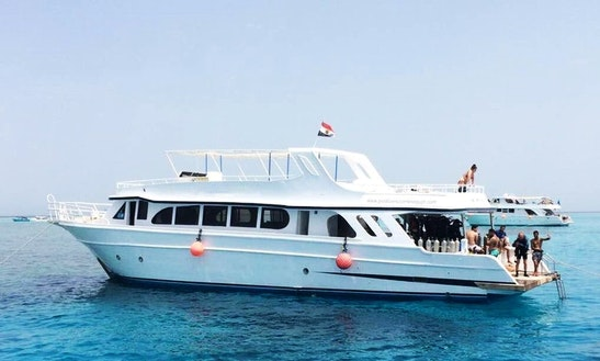 Explore The Red Sea Governorate, Egypt On A Motor Yacht