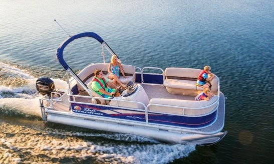 Deck Boat Rental In Fort Pierce, Florida For 8 People