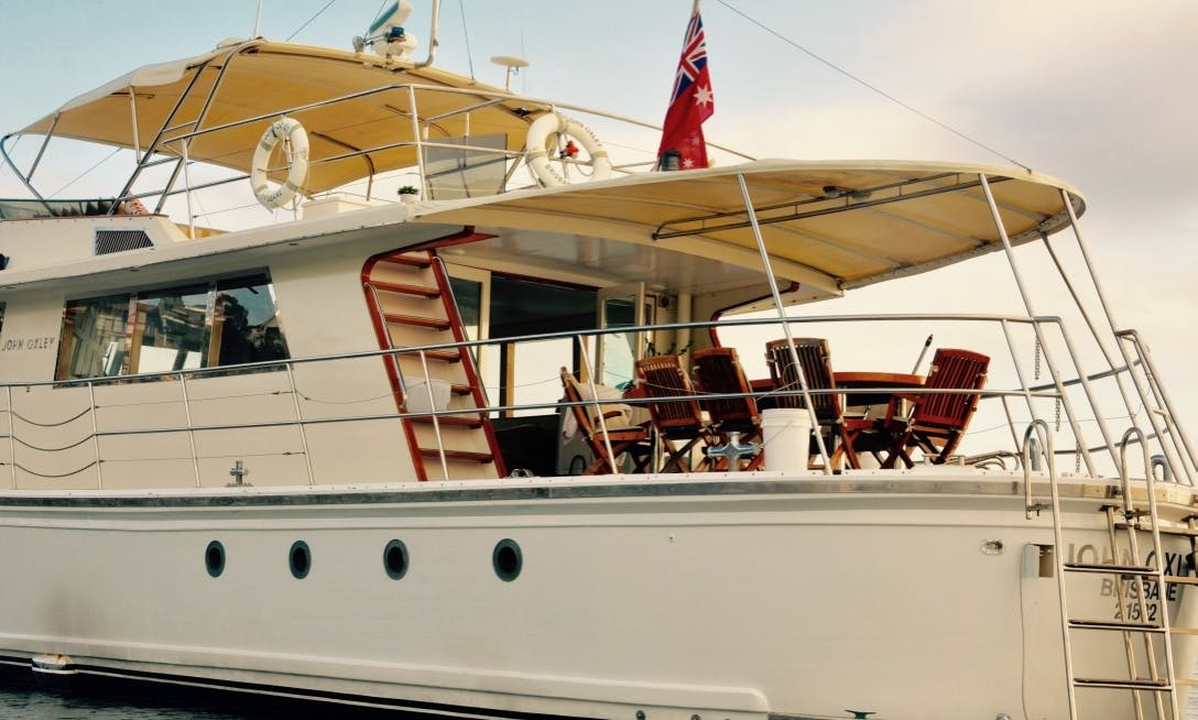 Motor Yacht rental in Waverton