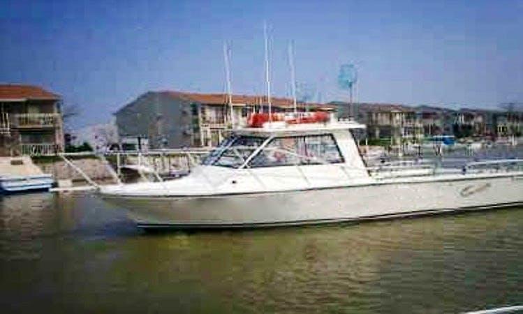 30' Island Hopper Fishing Charter in Oak Harbor
