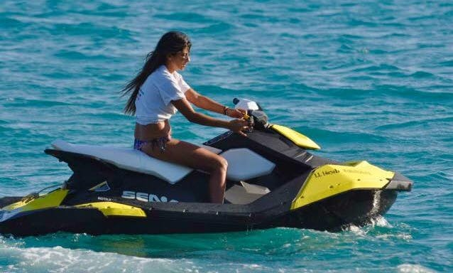 Rent a jetski in Pissouri Bay