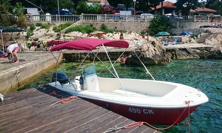 Rent 16' Center Console in Selce, Croatia
