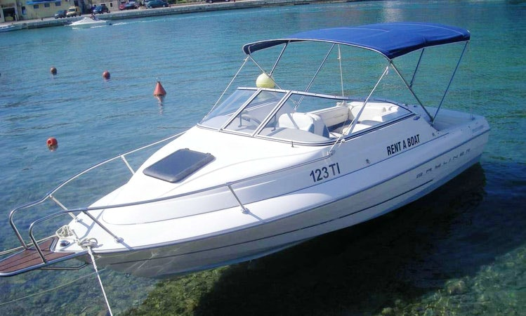 Charter 19' Bayliner Capri Cuddy Cabin in Tisno, Croatia | GetMyBoat