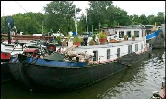 Charter A Houseboat In Amsterdam, Netherlands