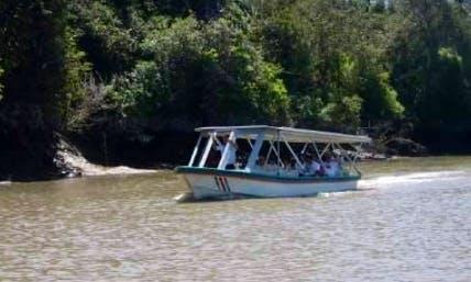 Charter a Canal Boat in Liberia, Costa Rica