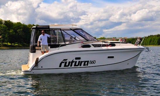 Motor Yacht Futura 860 In Złoty Potok