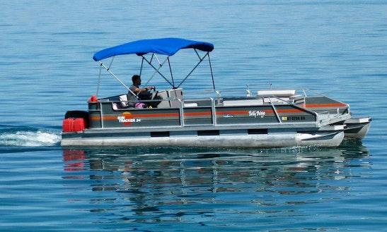 20' Pontoon Boat Rental In Garden City, Utah