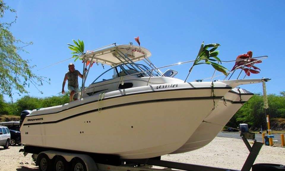 Charter Grady-White Catamaran Design Boat ln Kailua-Kona, Hawaii