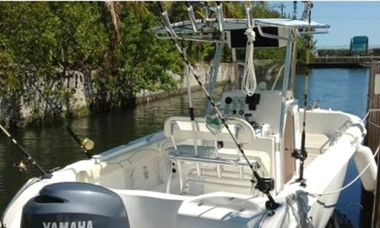 22' Sea Chaser Center Console Boat Rental In Marathon, Florida