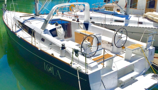 2017 Beneteau Oceanis 38 For Rent In Oakland For Up To 8 People
