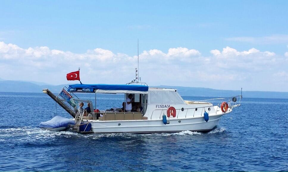 Charter Fundam Cuddy Cabin in Balıkesir, Turkey