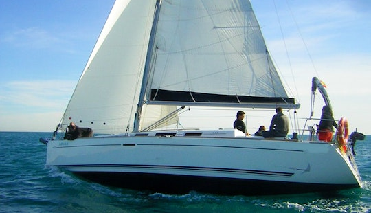 Cruising Monohull Dufour 40 In Alicante