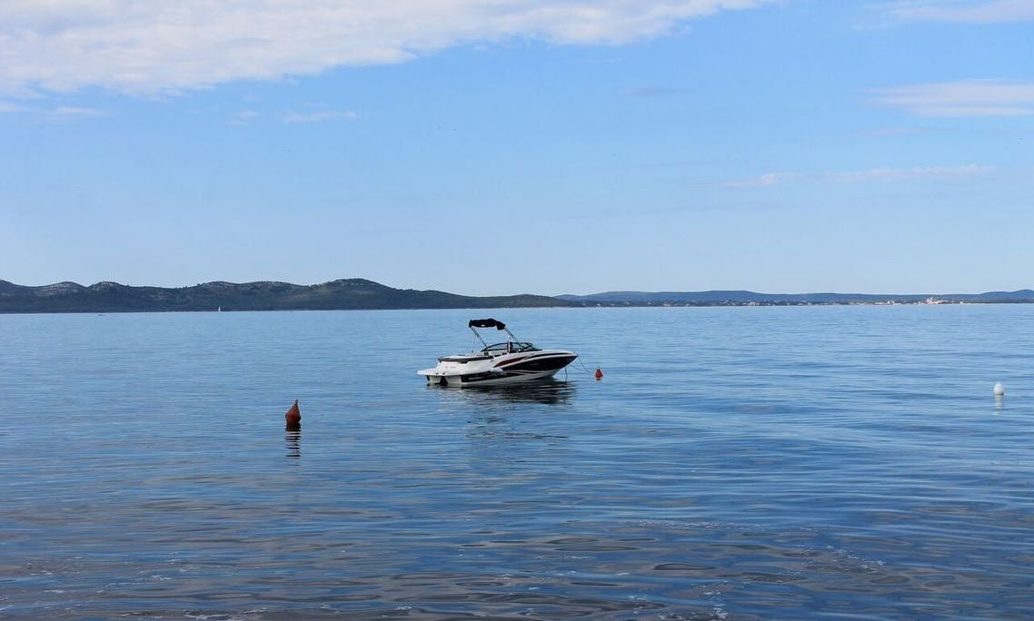 Rent 20' Sea Ray Sport Bowrider in Bibinje, Croatia
