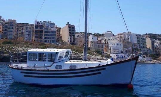 Charter a Gulet in Ta' Xbiex, Malta