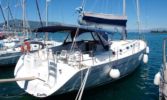 Charter 50' Beneteau Cyclades Cruising Monohull In Għajnsielem, Malta