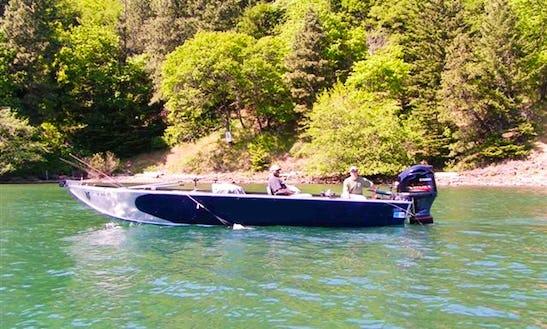 2012 26' Willie Raptor Jet Boat Fishing Guide In Astoria, Oregon