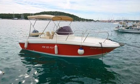 Rent 21' HM FLY 22 Center Console in Rogoznica, Croatia