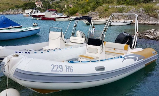 Rent 16' Predator Rigid Inflatable Boat In Rogoznica, Croatia