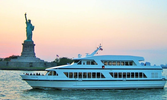 Cloud Nine Iv - Luxury Party Yacht In N.y.