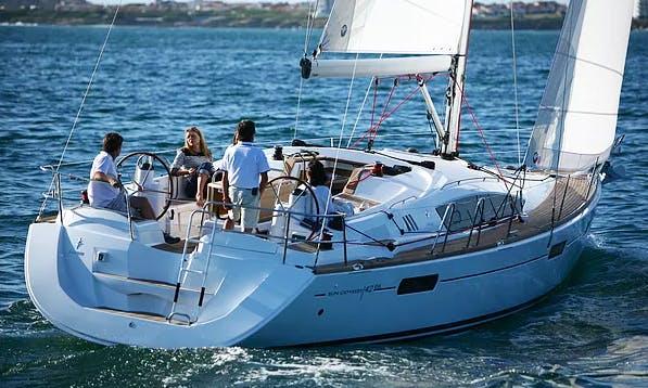 Charter 42' Jeanneau Sun Odyssey 42 DS Cruising Monohull in București, Romania