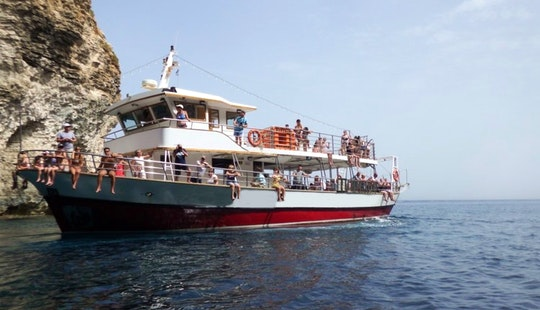 Sightseeing Cruises To Comino Island