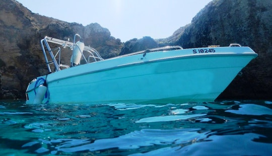 Exclusive 20ft Boat ( With Towables And Snorkeling Equipment) For Rent In San Pawl Il-baħar